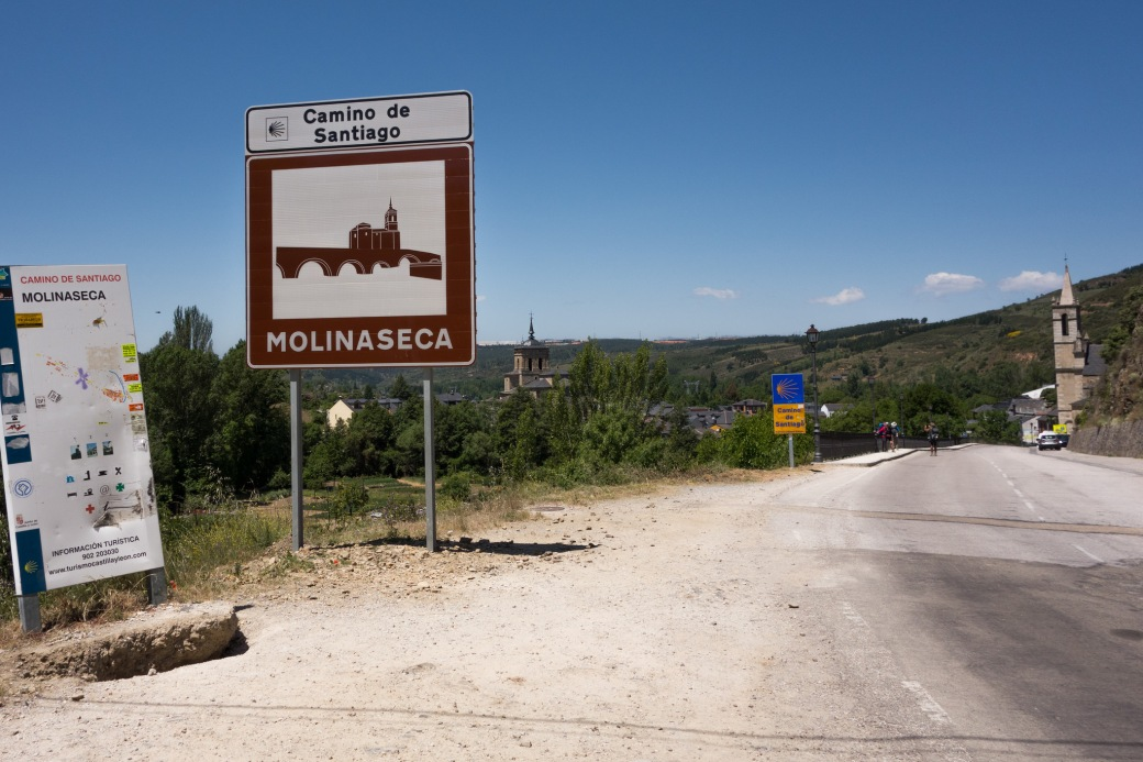 sign molinaseca