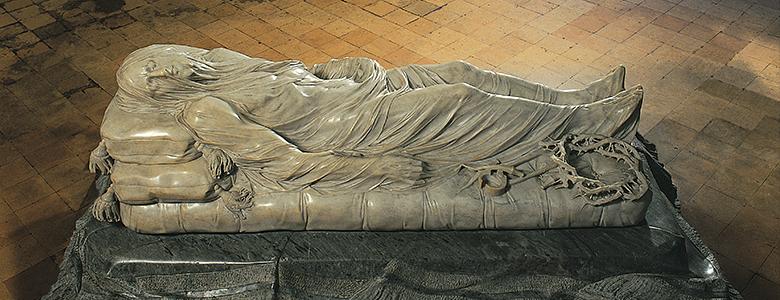 veiled statue 1